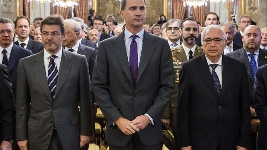 """El Rey a los sefardíes retornados: """"¡Cuánto os hemos echado de menos!""""MENOS!"""""""