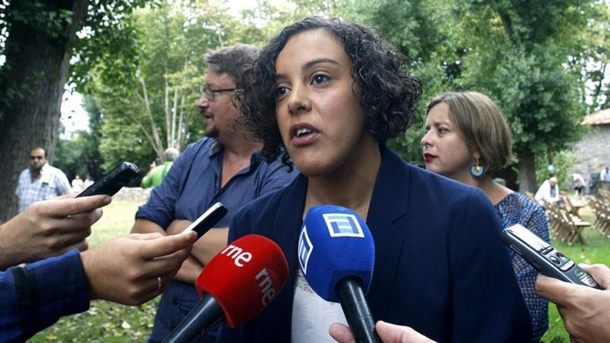 """Podemos promete """"diálogo y valentía"""" en el Parlamento vasco"""
