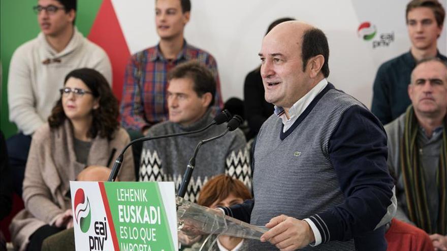 Ortuzar: El peligro para Euskadi es el pacto PP-Ciudadanos, retroceso seguro