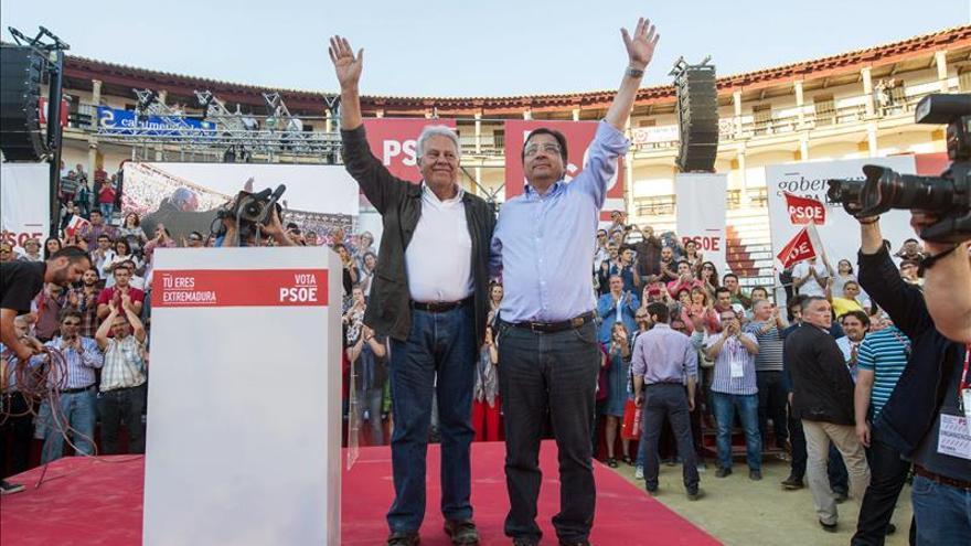 Fernández Vara (PSOE) dice que las urnas nos van a decir a los políticos muchas cosas