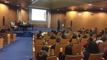 Los epidemiólogos en pleno debate en la Universitat de València