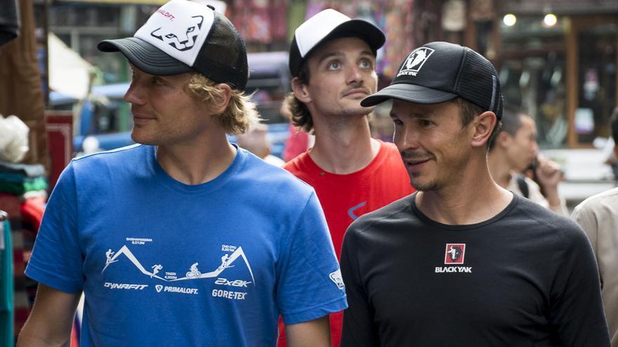 Benedikt Böhm, Sebastian Haag y Andrea Zambaldi durante la expedición Dynafit Double 8000.