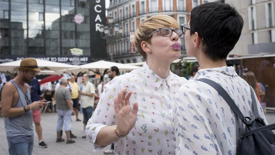 Una manifestación masiva reivindica los derechos de LGTBI en el World Pride de Madrid