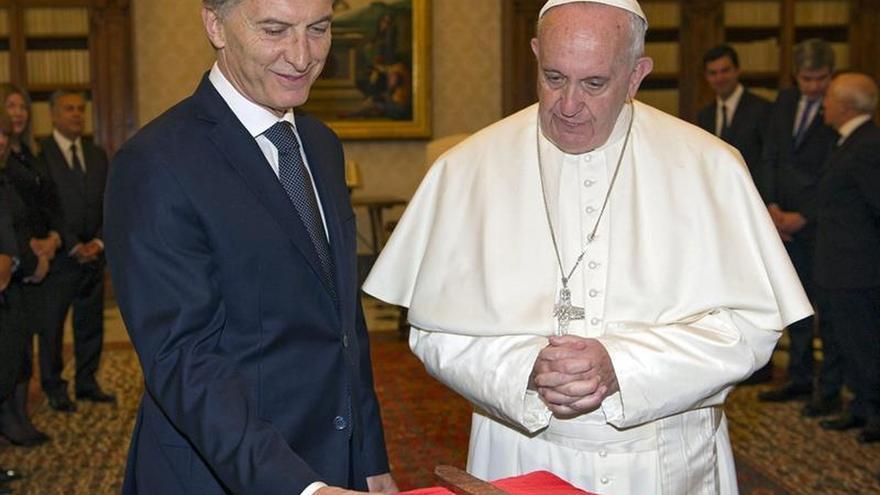 Argentina destina un millón de dólares a proyecto educativo del papa Francisco
