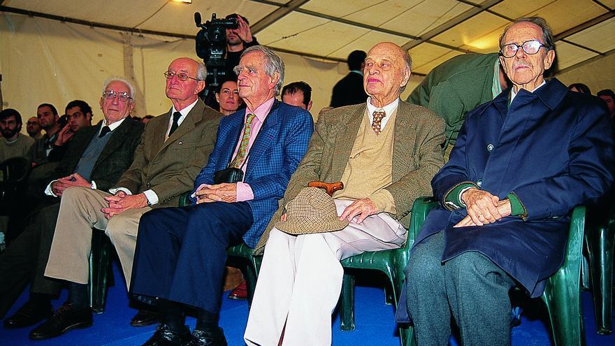 De izquierda a derecha: José Antonio Valverde, Mauricio González-Gordon, Luc Hoffmann, Max Nicholson y Francisco Bernis