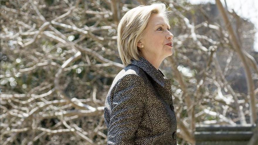 Hillary Clinton da la bienvenida a O'Malley a la carrera presidencial de EE.UU.