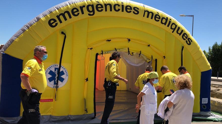 El hospital de campaña levantado al lado del Hospital Arnau de Vilanova de Lleida