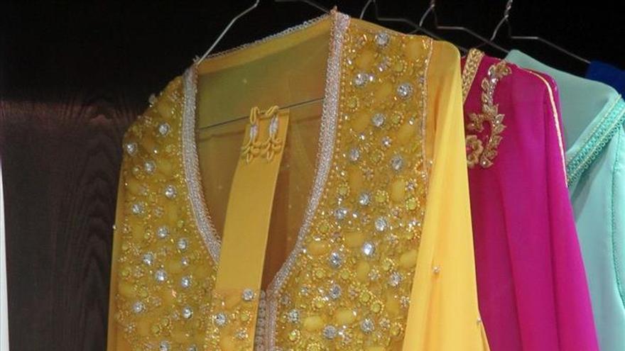 La alta costura se rinde al caft n en marruecos - Telas marroquies ...