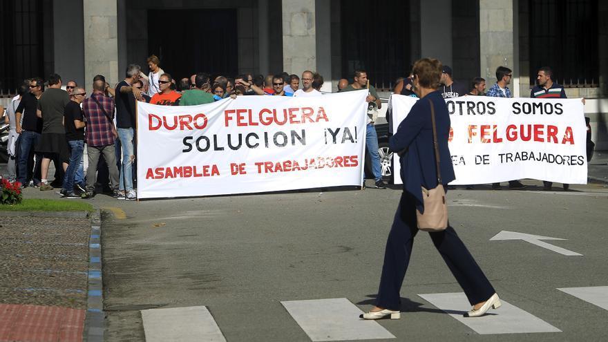 Trabajadores de Duro Felguera se Manifiestan por la situación de la empresa. Foto: Pablo Lorenzana