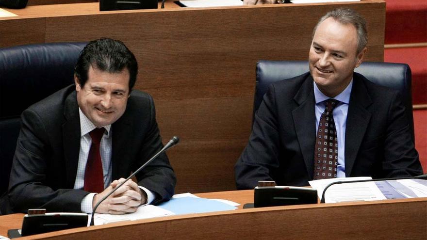 El vicepresidente del Consell, José Ciscar, junto al presidente Alberto Fabra.