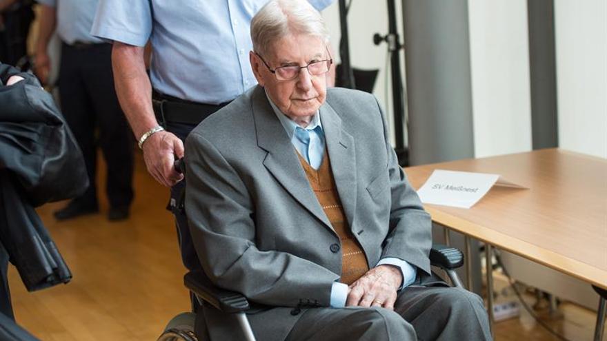 La Justicia alemana condena a cinco años de cárcel a un exguardia nazi de 94 años