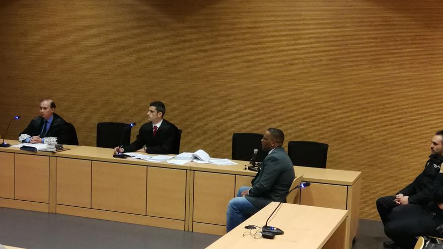 El acusado, Yassin O., durante un momento del juicio.
