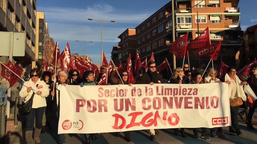 Manifestación trabajadores de la limpieza en Toledo