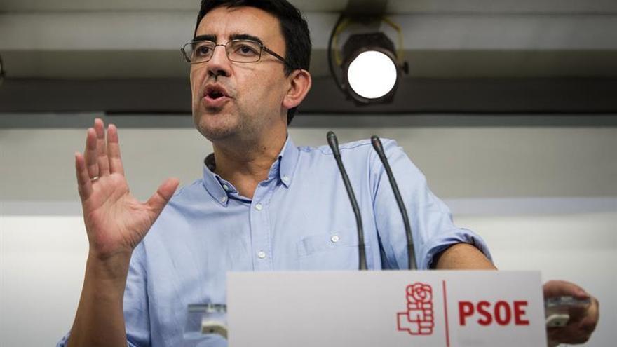 El PSOE aparta temporalmente al PSC y castiga a cinco 'sanchistas'