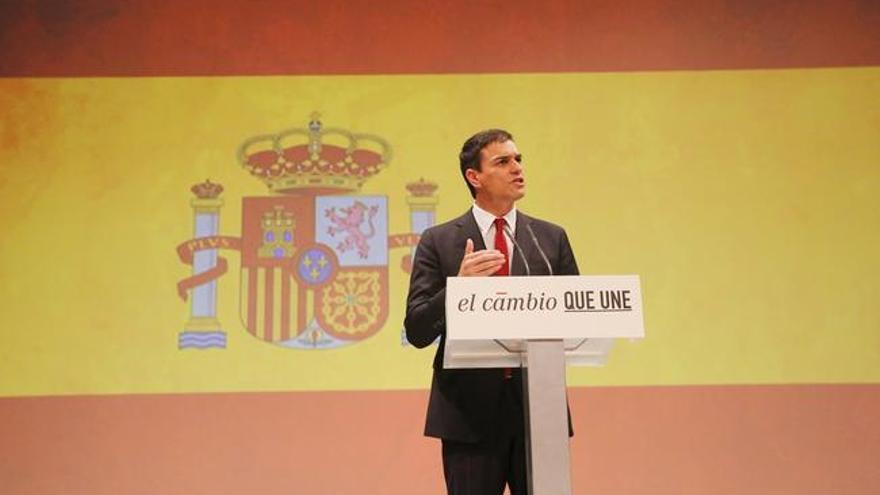 Pedro Sánchez en la campaña para las elecciones del 26J con un paradójico slogan