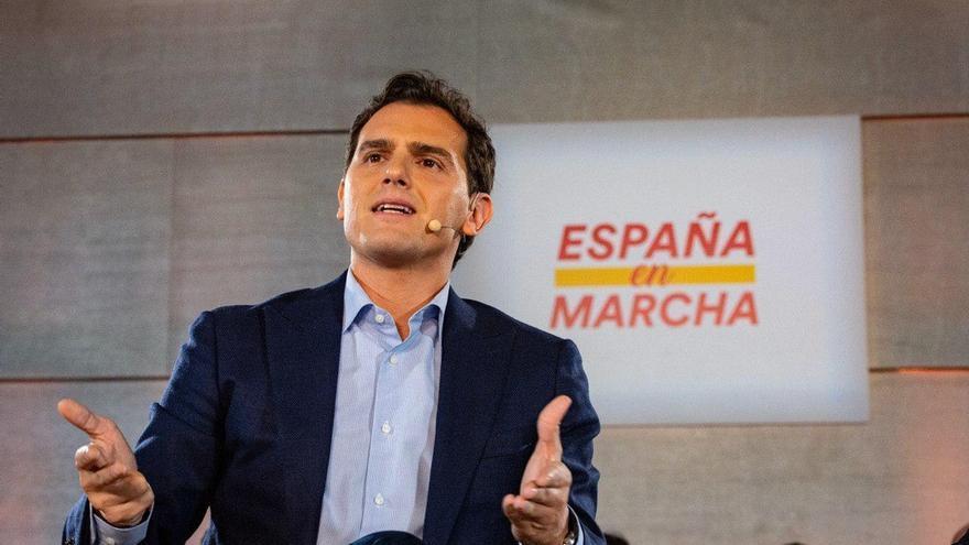 Echenique pregunta si los pisos de Sarasola donde han vivido Rivera y Ayuso eran un regalo a cambio de ciertas leyes
