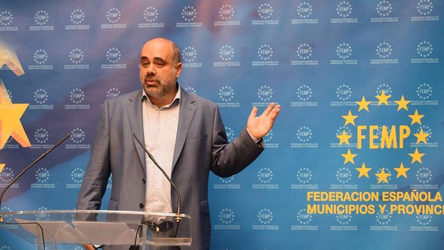 Pau Marí-Klose en un acto de la Federación Española de Municipios y Provincias sobre pobreza infantil, este 13 de septiembre.