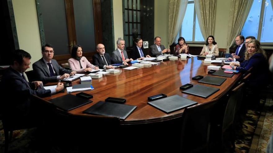 El Senado no prevé cambios en sesión de control por el Consejo de Ministros