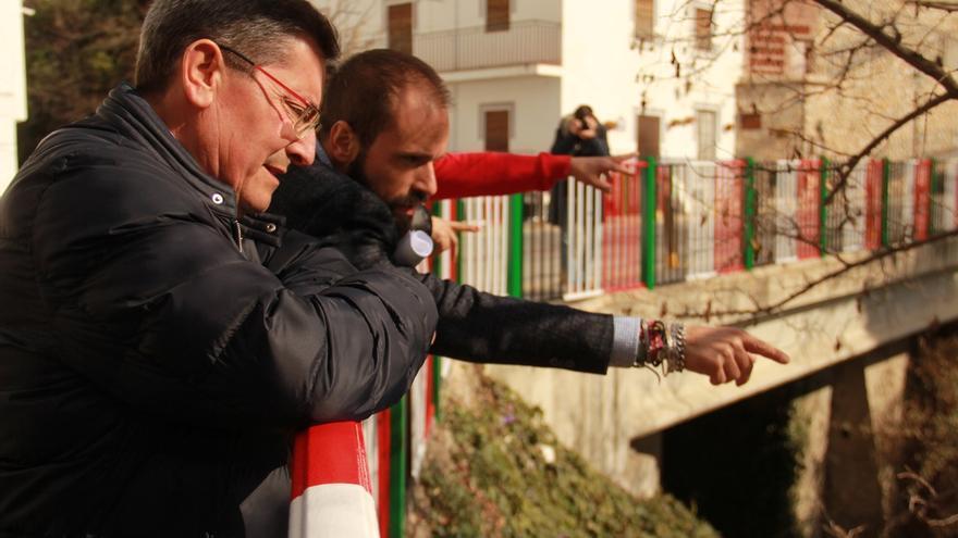Entrena visita Soportújar para ver los avances del proyecto 'Embrujo' de Diputación