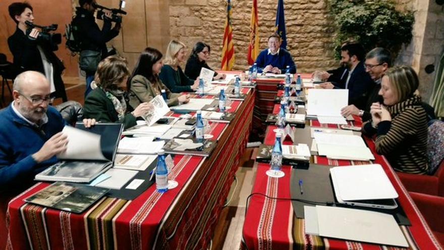 El gobierno valenciano en pleno en Morella.