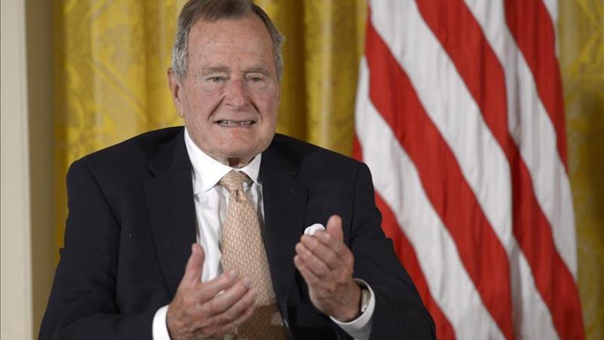 Imagen de archivo de George H. W. Bush