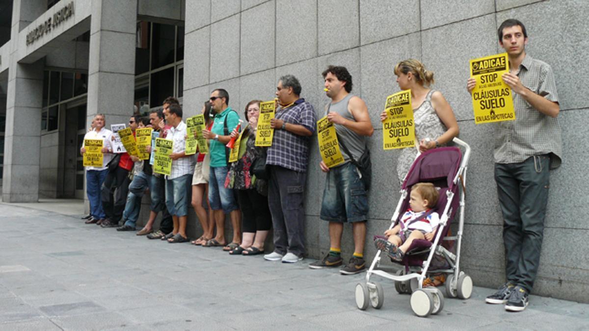 Imagen de archivo de la entrada de los juzgados de Bilbao