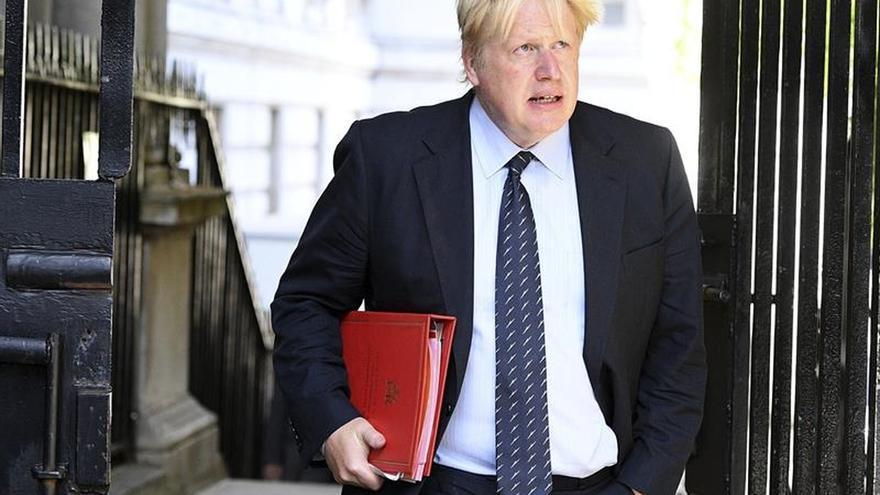 """Johnson confía en que el resultado del """"brexit"""" que """"beneficie"""" a las dos partes"""