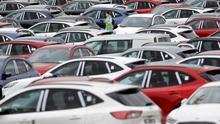 Ford rebaja de 410 a 350 los despidos en su planta de Almussafes (Valencia)