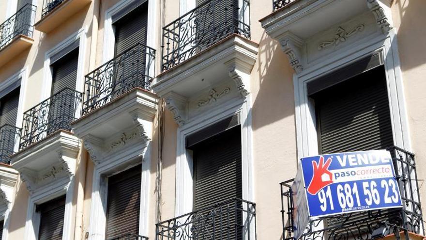 La venta de viviendas cae el 9 % en junio y cierra un primer semestre plano