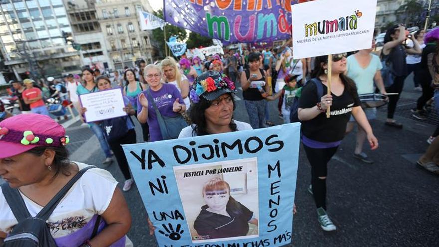 Conmoción en Argentina por la muerte de una mujer tras violación y empalamiento