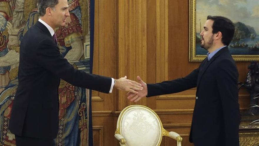 Garzón acude de nuevo a la Zarzuela para su segunda reunión con Felipe VI