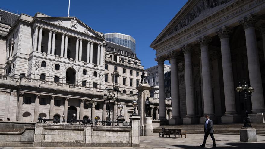 La deuda acumulada del Reino Unido llega al 100,8 % del PIB