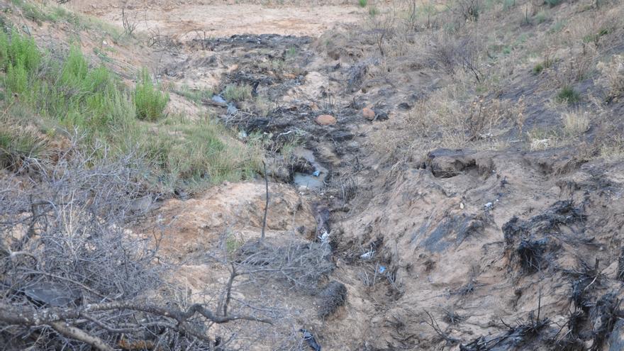 Situación del barranco contaminado cerca de Chiloeches