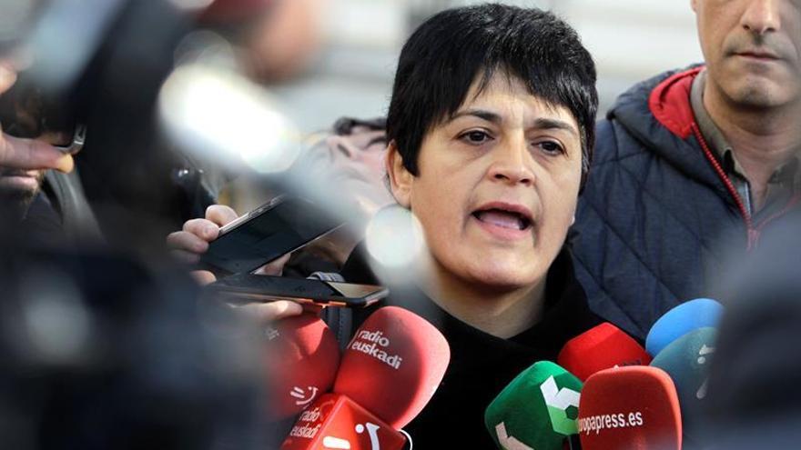 EH Bildu:Algunos deberían entender que ETA no puede disolverse sin desarmarse