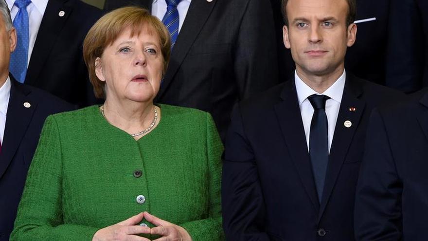 Merkel se reunirá el viernes con Macron, en el primer viaje de su cuarto mandato