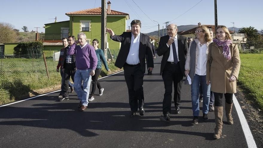 Obras Públicas invierte más de 57.000 euros en la rehabilitación de la carretera entre La Abadilla y La Encina