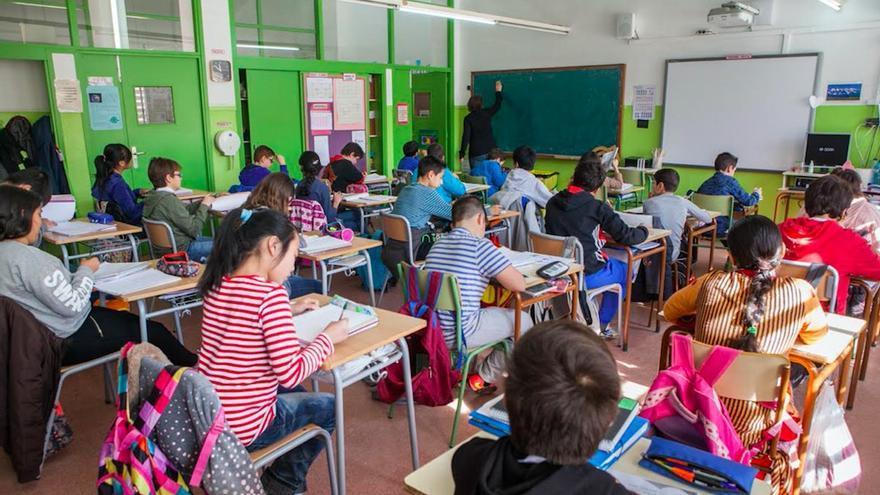 Grupo escolar en Badalona