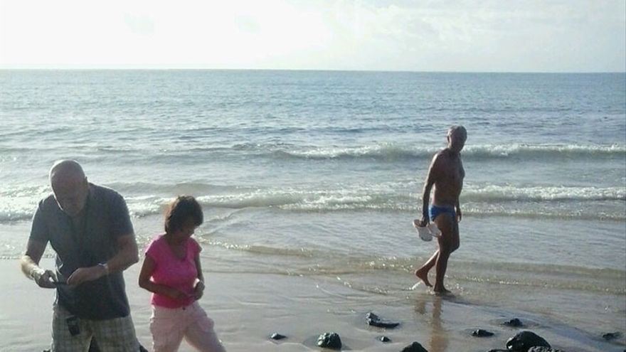 Localizado el cadáver de un cetáceo en Costa Calma.