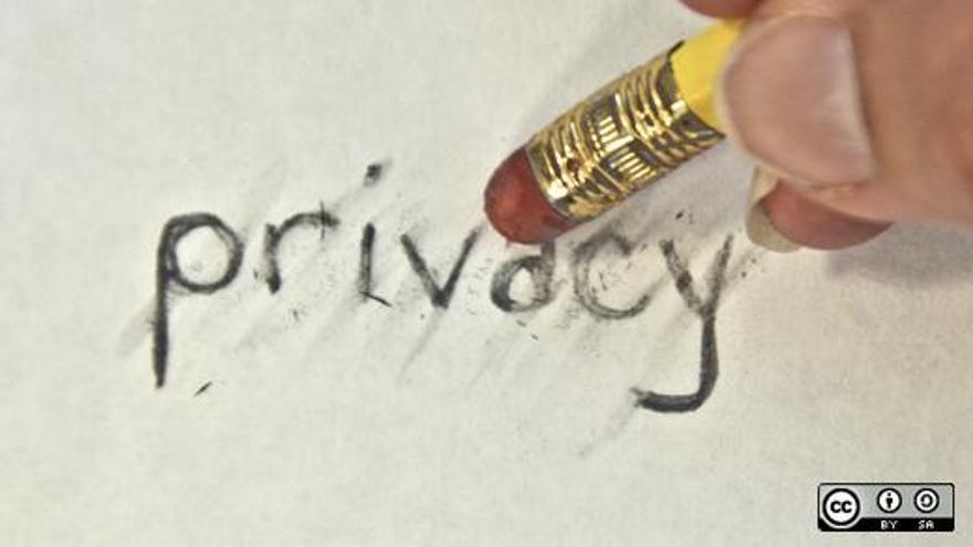 ¿Dónde quedan los derechos del usuario? (Foto: opensourceway, flickr)