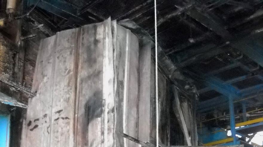 Un incendio afecta a un almacén de la empresa Timac Agro, de Lodosa