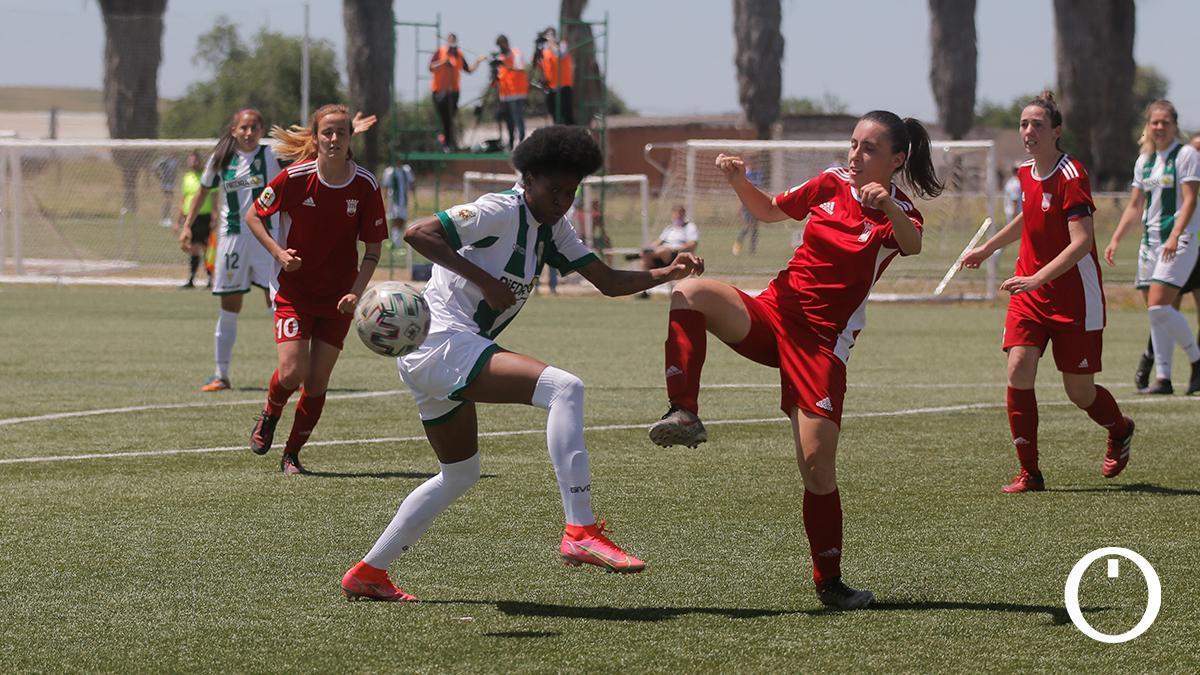 Lance de un partido del Córdoba Femenino en la Ciudad Deportiva