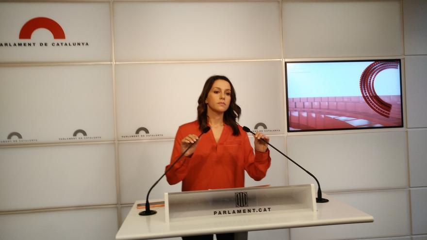 """Cs recuerda al PSC que Espalader """"organizó el referéndum ilegal"""" del 9N y ve sorprendente la entrada en sus listas"""
