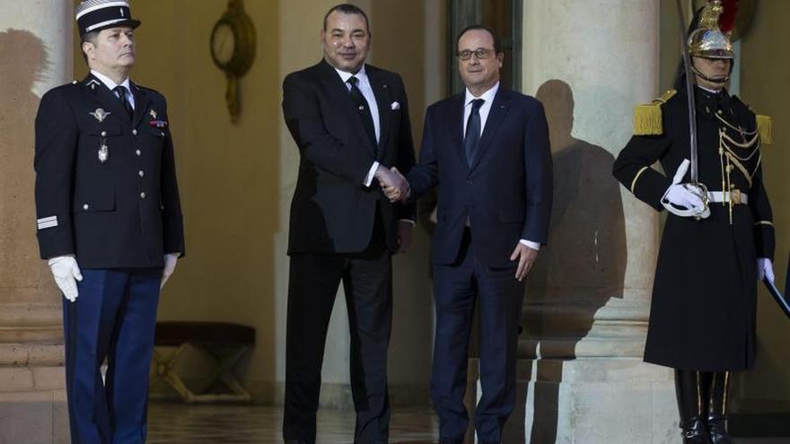 """Hollande y Mohamed VI acuerdan """"luchar juntos contra el terrorismo"""""""