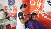 Douglas, el peluquero hondureño que renunció a EEUU para prosperar en México