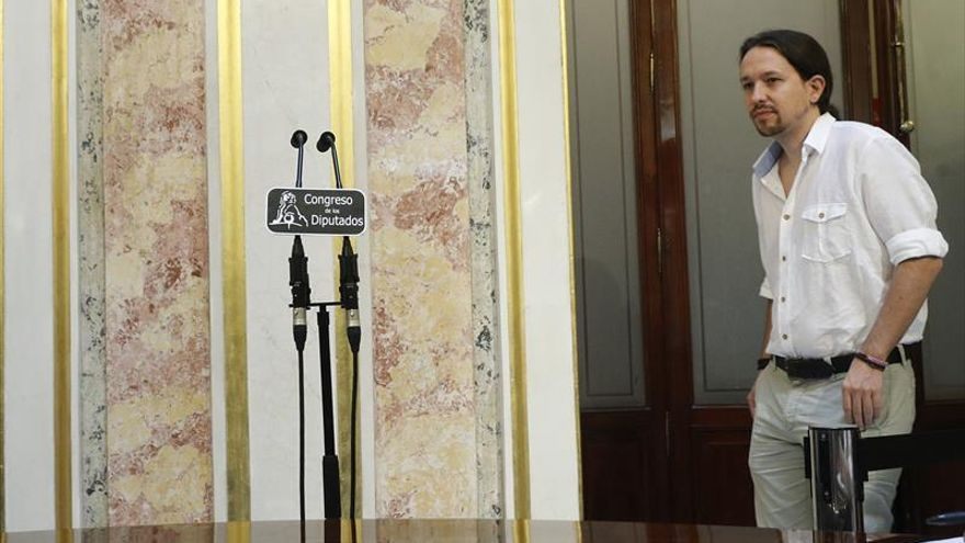 Iglesias: Rajoy será investido en septiembre con la abstención del PSOE
