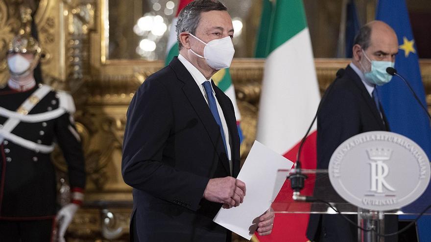 El que salvó al euro para que salve a Italia: Mario Draghi, ex director del Banco Central Europeo, juró como nuevo primer ministro italiano con una aceptación popular del 85%