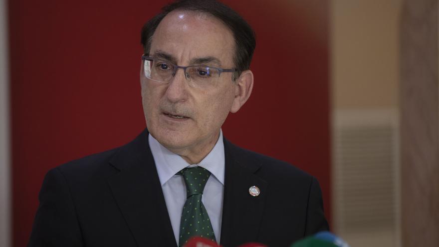 Imagen de archivo del presidente de la Confederación de Empresarios de Andalucía (CEA), Javier González de Lara.