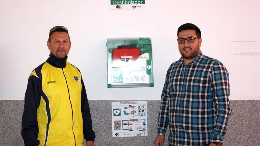 El director de Soac La Palma, David Cabrera, y el concejal de Deportes del Ayuntamiento de Santa Cruz de La Palma, Raico Arrocha.