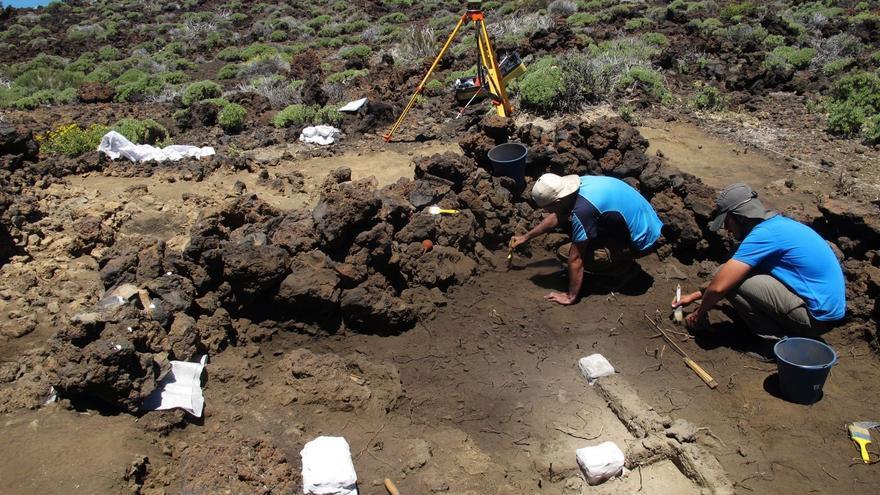 Catas arqueológicas en el Parque Nacional del Teide