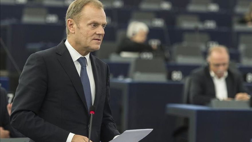 Tusk considera inaceptable que Rusia ataque a la oposición moderada en Siria